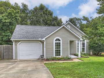 1110 Morning Glory Drive Charlotte, NC 28262 - Image 1