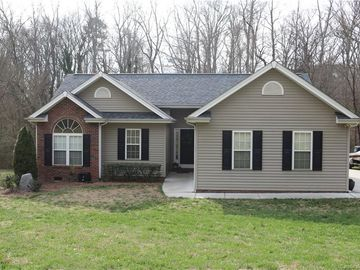 789 Woodlawn Avenue Mount Holly, NC 28120 - Image 1