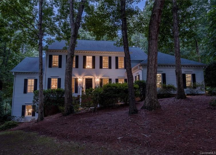 1615 Walden Pond Lane Waxhaw, NC 28173