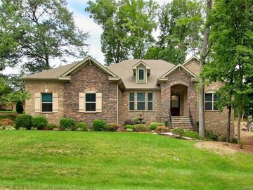 7592 Turnberry Lane Stanley, NC 28164 - Image 1