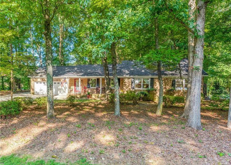 10621 Mt Holly-Huntersville Road Huntersville, NC 28078