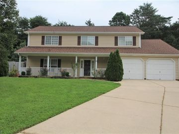 17 Manor Ridge Court Greensboro, NC 27407 - Image 1