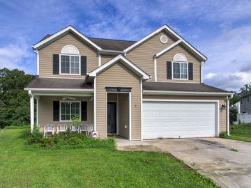 4 Selsey Court Greensboro, NC 27405 - Image 1