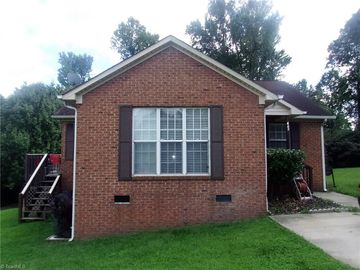 469 Wadsworth Court High Point, NC 27263 - Image 1