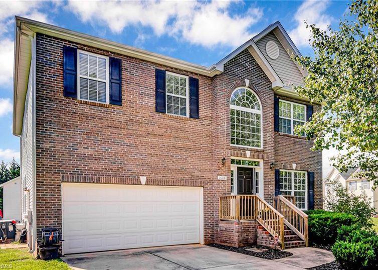 1608 Candace Ridge Drive Greensboro, NC 27406
