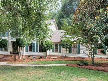 206 Chestnut Oaks Circle Simpsonville, SC 29681 - Image 1