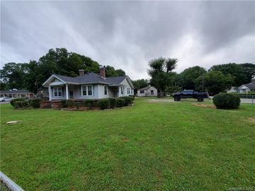 507 S Central Avenue Belmont, NC 28012 - Image 1
