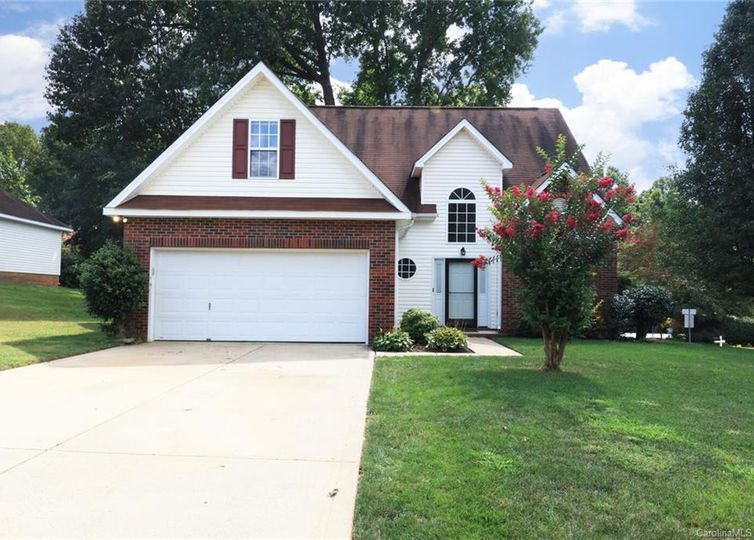 100 Old Willow Road Mooresville, NC 28115