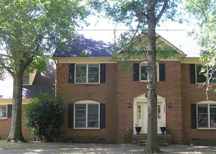 2837 Winding Oak Drive Charlotte, NC 28270