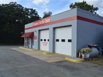 4001 Hicone Road Greensboro, NC 27405 - Image 1