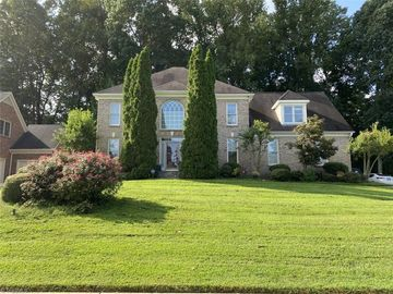 4718 Chesterfield Place Jamestown, NC 27282 - Image 1