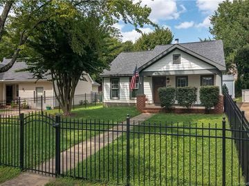 435 Summit Avenue Charlotte, NC 28216 - Image 1