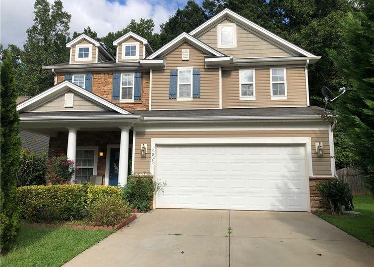 14038 Pinyon Pine Lane #407 Charlotte, NC 28215