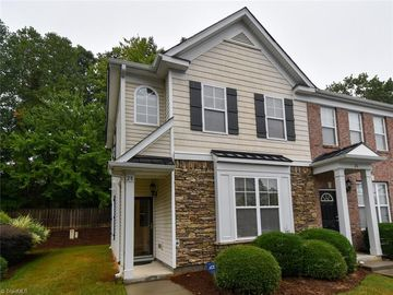 28 Ledgerstone Lane Greensboro, NC 27407 - Image 1