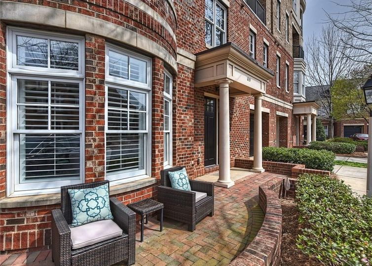 6715 Louisburg Square Lane #5 Charlotte, NC 28210