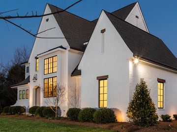 1264 Chandler Place Charlotte, NC 28211 - Image 1