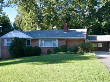 820 Quaker Lane High Point, NC 27262 - Image 1