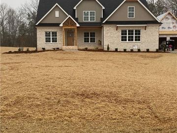 185 Sweet Bay Lane Lexington, NC 27295 - Image 1