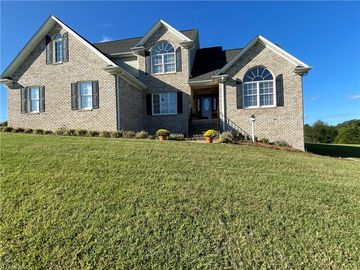 1020 Voss Hill Drive King, NC 27021 - Image 1