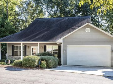 302 Point Place Westminster, SC 29693 - Image 1