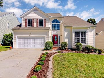 11 Oleander Point Greensboro, NC 27407 - Image 1