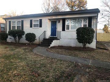 1418 Orvis Street Charlotte, NC 28216 - Image