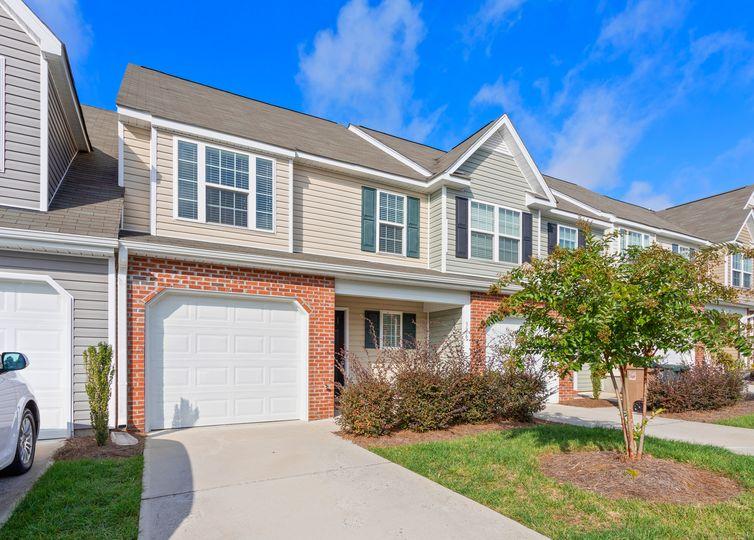 336 Robyns Glen Circle Greensboro, NC 27409