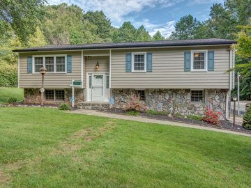 1747 Stanley Lucia Road Mount Holly, NC 28120 - Image 1
