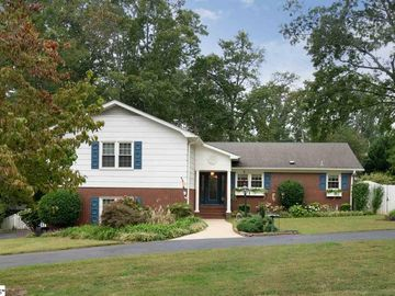 105 Maple Place Greer, SC 29651 - Image 1