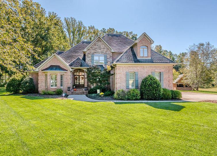9711 Arlington Oaks Drive Charlotte, NC 28227