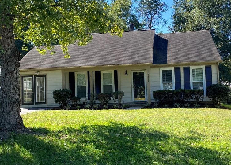 12339 Danby Road Pineville, NC 28134