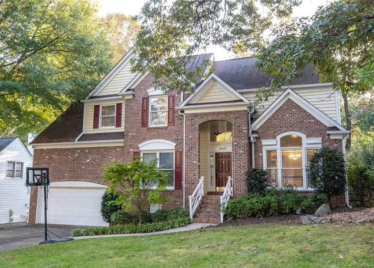 8425 Summerfield Lane Huntersville, NC 28078