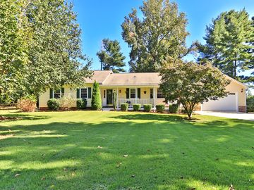 442 Hunting Creek Road Weddington, NC 28104 - Image 1