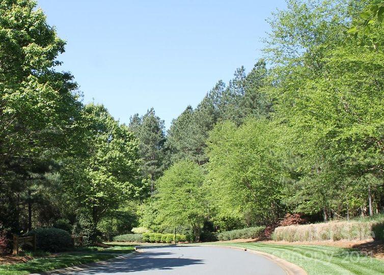 7005 Lakeside Point Drive photo #1