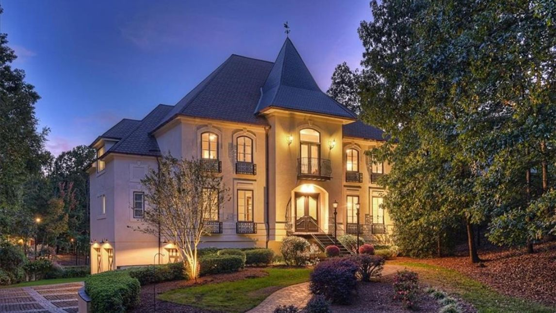 4420 Town and Country Drive Charlotte, NC 28226