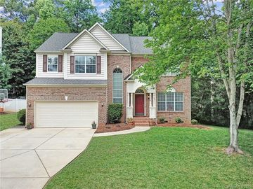 136 Creekside Drive Fort Mill, SC 29715 - Image 1