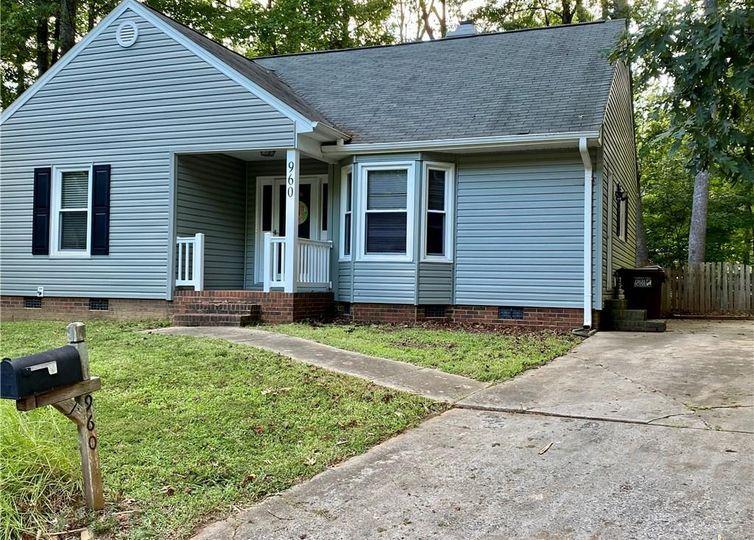 960 Chatfield Drive Jamestown, NC 27282