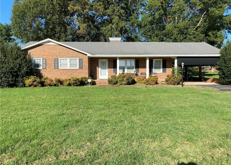 927 Mayford Drive Kernersville, NC 27284