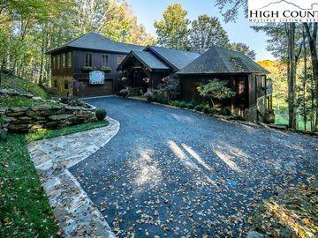 121 Briarcliff Road Beech Mountain, NC 28604 - Image 1