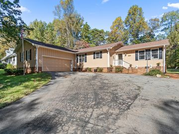 203 Lakeview Road Mocksville, NC 27028 - Image 1