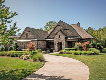 8911 Kentucky Derby Drive Waxhaw, NC 28173 - Image 1