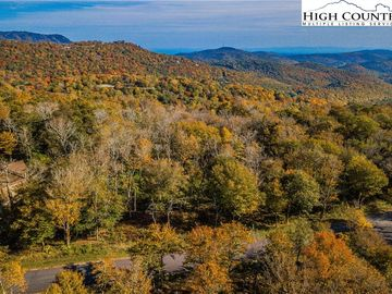 Lot 196 Green Cliffs Road Sugar Mountain, NC 28604 - Image 1