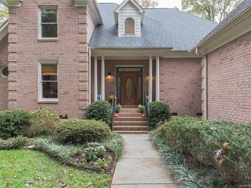 1434 Weddington Hills Drive Matthews, NC 28104 - Image 1