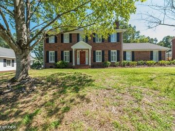 1610 Heathcliff Road High Point, NC 27262 - Image 1