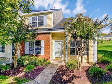 10 Meadow Crossing Court Greensboro, NC 27410 - Image 1