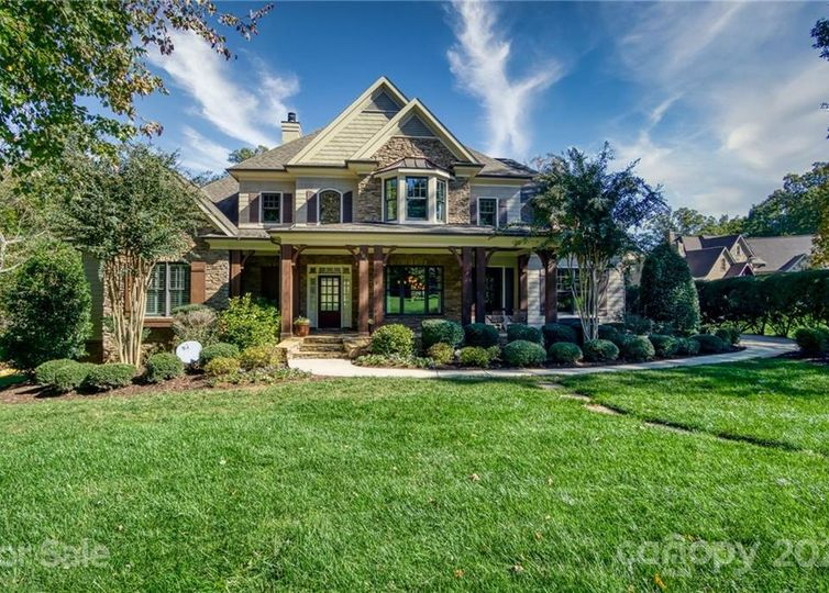 105 Gainswood Drive Mooresville, NC 28117