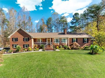 6571 Woodmere Drive Walkertown, NC 27051 - Image 1