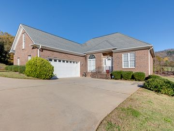 9 Belle Terre Court Greenville, SC 29609 - Image 1