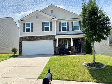 4642 Abbey Park Road Kernersville, NC 27284 - Image