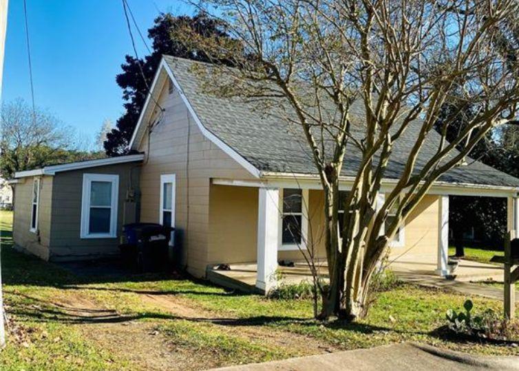 338 Deaton Street Statesville, NC 28677